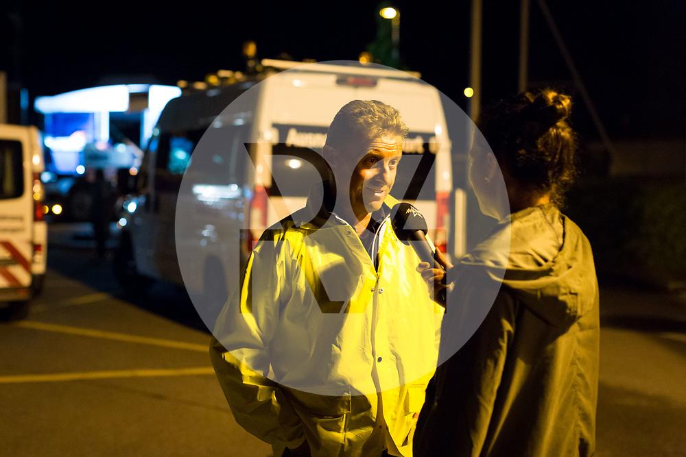 SCHWEIZ - MEISTERSCHWANDEN - Transport der MS 2018 an den Hallwilersee, hier ist Ueli Haller, SGH Geschäftsführer, im Interview mit Radio Argovia - 24. Mai 2018 © Raphael Hünerfauth - http://huenerfauth.ch