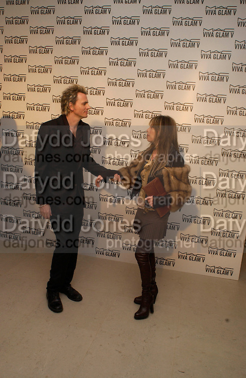John taylor ( Duran Duran) M.A.C. Viva glam V lipstick launch dinner, profits go to the MAC Aids fund,   Hempel Garden. ONE TIME USE ONLY - DO NOT ARCHIVE  © Copyright Photograph by Dafydd Jones 66 Stockwell Park Rd. London SW9 0DA Tel 020 7733 0108 www.dafjones.com