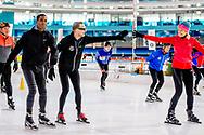 HEERENVEEN - Prins Bernard  op het ijs van Thialf Heerenveen tijdens De Hollandse 100. Het doel van dit sportieve evenement is het ophalen van geld voor onderzoek naar lymfklierkanker. ANP ROYAL IMAGES ROBIN UTRECHT