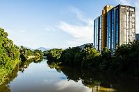 Rio Itapocu. Jaraguá do Sul, Santa Catarina, Brasil. / Itapocu River. Jaragua do Sul, Santa Catarina, Brazil.