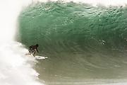 D jones ,pipeline,Hawaii,surfing,photos