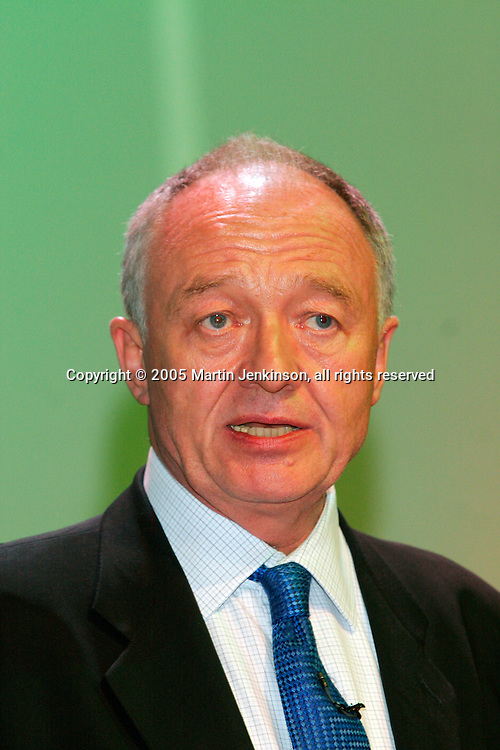 Ken lLvingstone, Mayor of London, speaking at the TUC 2005. ...© Martin Jenkinson, tel 0114 258 6808 mobile 07831 189363 email martin@pressphotos.co.uk. Copyright Designs & Patents Act 1988, moral rights asserted credit required. No part of this photo to be stored, reproduced, manipulated or transmitted to third parties by any means without prior written permission