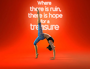 Rumi Yoga Wear campaign 2014. Photo by Victor Fraile / illume visuals