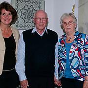 NLD/Huizen/20110531 - 50 Jarig huwelijk fam. van der Reijden - van den Berg Huizen, bezoek van wethouder Janny Bakker