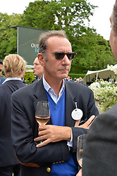 The HON.ROBERT HANSON at the Goffs London Sale held at The Orangery, Kensington Palace, London on 12th June 2016.