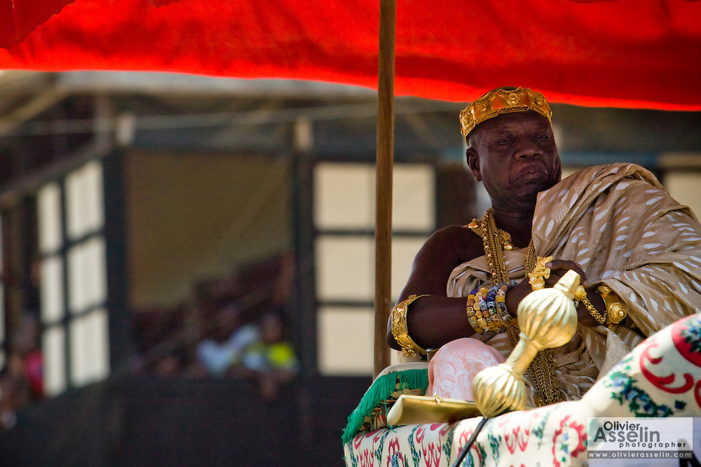 Chief Nana Kwamena Nyimfa sits in a palaquin carried by followers during the parade held on the occasion of the annual Oguaa Fetu Afahye Festival in Cape Coast, Ghana on Saturday September 6, 2008..