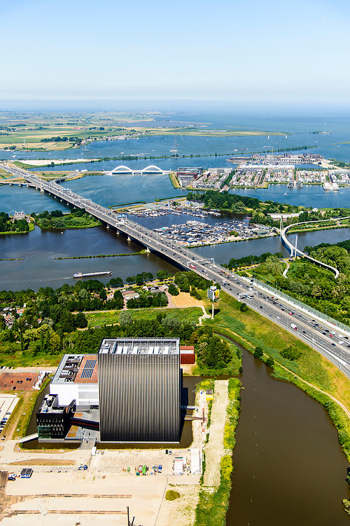 Nederland, Noord-Holland, Amsterdam,  29-06-2018; Watergraafsmeer, Science park met de hoogbouw van AM4 het nieuwste Equinix Data Centre. Foto richting IJburg.<br /> Science park with the high-rise of AM4 the latest Equinix Data Center.<br /> <br /> luchtfoto (toeslag op standard tarieven);<br /> aerial photo (additional fee required);<br /> copyright foto/photo Siebe Swart