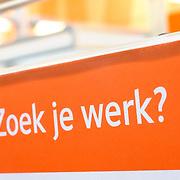 Nederland Rotterdam 26-03-2009 20090326 Foto: David Rozing ..Serie UWV, vacatures, werken binnen europa UWV Werkbedrijf lokatie Schiekade centrum Rotterdam, de vroegere arbeidsbureaus ( CWI UWV ) De werkloosheid in Nederland begint op te lopen. Dat blijkt uit de jongste cijfers die het Centraal Bureau voor de Statistiek (CBS) de oorzaak is de krediet crisis Holland, The Netherlands, dutch, Pays Bas, Europe,  , , economische, financien, financiele, krimp, krimpen, nederlandse, economy..Foto: David Rozing