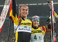 Skiskyting - Oppvisning Schalke Arena Gelsenkirchen - 28.12.2002<br /> Michael Greis og Martina Glagow - Tyskland - vinnere<br /> Foto: Uwe Speck, Digitalsport