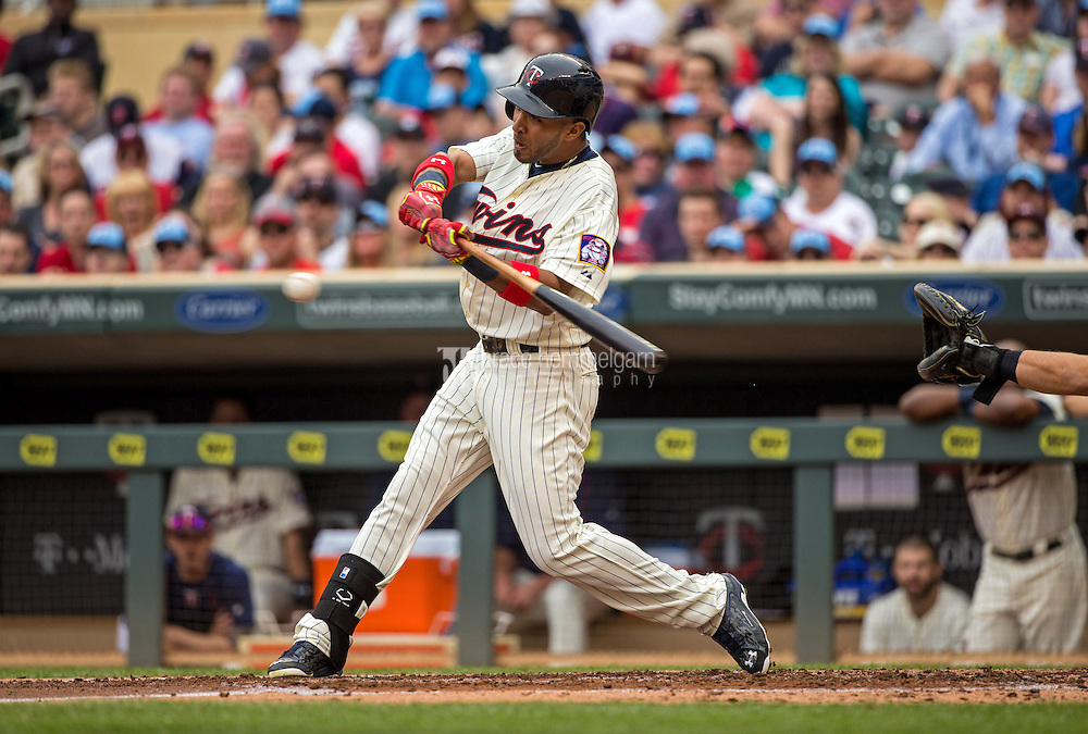 MINNEAPOLIS, MN- MAY 16: Eddie Rosario #20 of the Minnesota Twins bats against the Tampa Bay Rays on May 16, 2015 at Target Field in Minneapolis, Minnesota. The Twins defeated the Rays 6-4. (Photo by Brace Hemmelgarn) *** Local Caption *** Eddie Rosario