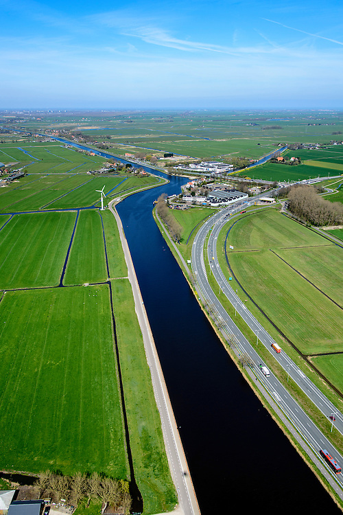 Nederland, Noord-Holland, Amsterdam, 20-04-2015; Noordhollandsch Kanaal met Kanaaldijk, richting Het Schouw. Autoweg N247.<br /> Canal through North Holland, north of Amsterdam.<br /> <br /> luchtfoto (toeslag op standard tarieven);<br /> aerial photo (additional fee required);<br /> copyright foto/photo Siebe Swart