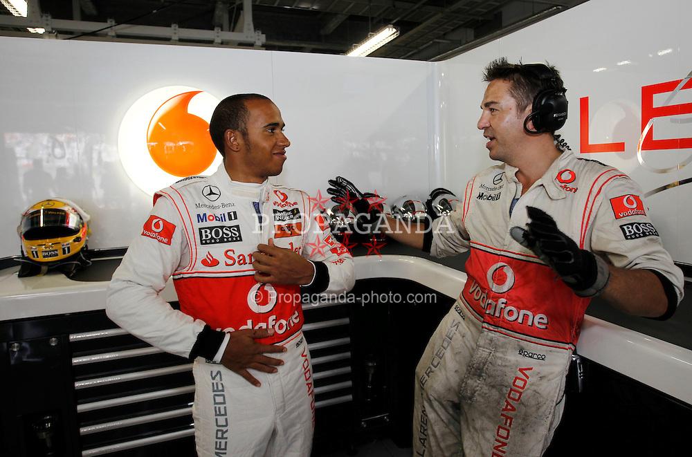 Motorsports / Formula 1: World Championship 2010, GP of Japan, 02 Lewis Hamilton (GBR, Vodafone McLaren Mercedes),