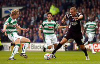 Photo: Alan Crowhurst.<br />Yeovil Town v Swansea. Coca Cola League 1. 08/10/2005. Swansea's Lee Trundle attacks through the middle.