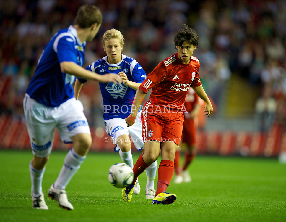 LIVERPOOL, ENGLAND - Thursday, September 29, 2011: Liverpool's 'Suso' Jesus Fernandez Saez in action against Molde FK during the NextGen Series Group 2 match at Anfield. (Pic by David Rawcliffe/Propaganda)