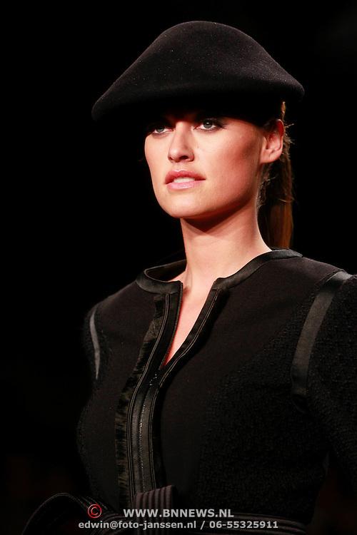 NLD/Amsterdam/20110910 - Modeshow Mart Visser najaar 2011,
