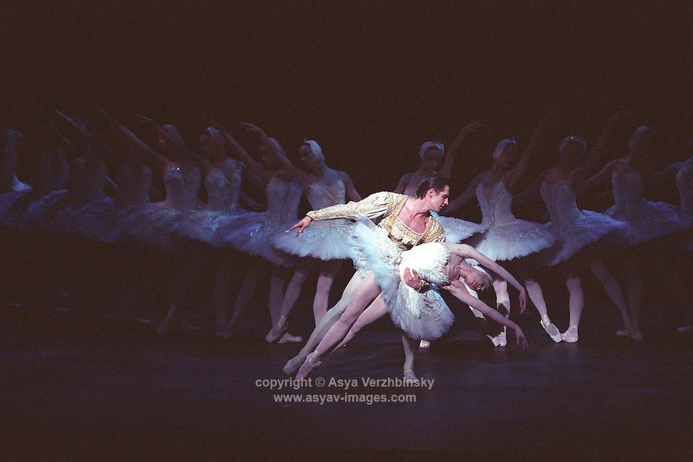 """English National Ballet in Derek Deane's """"Swan Lake""""<br /> Choreography: Derek Deane<br /> Music: Pietr Ilyich Tchaikovsky"""