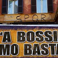 Manifesti contro Bossi
