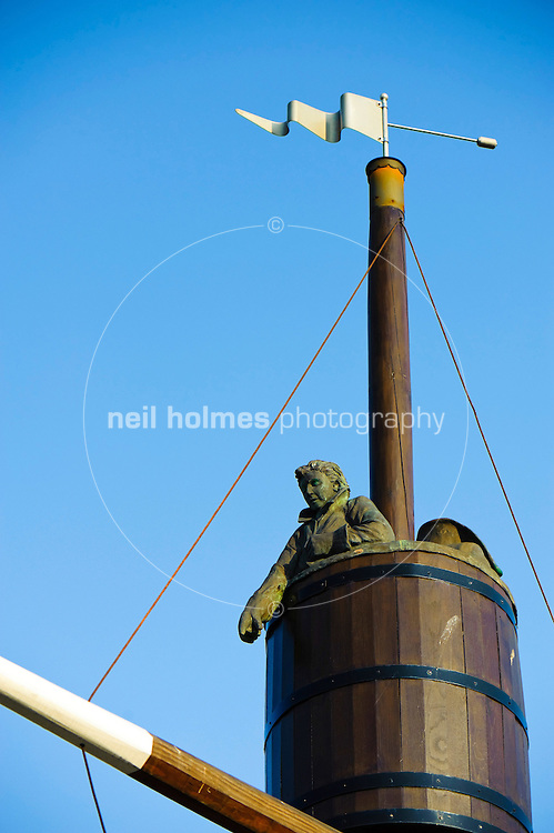 Crows nest statue on Whitby harbour