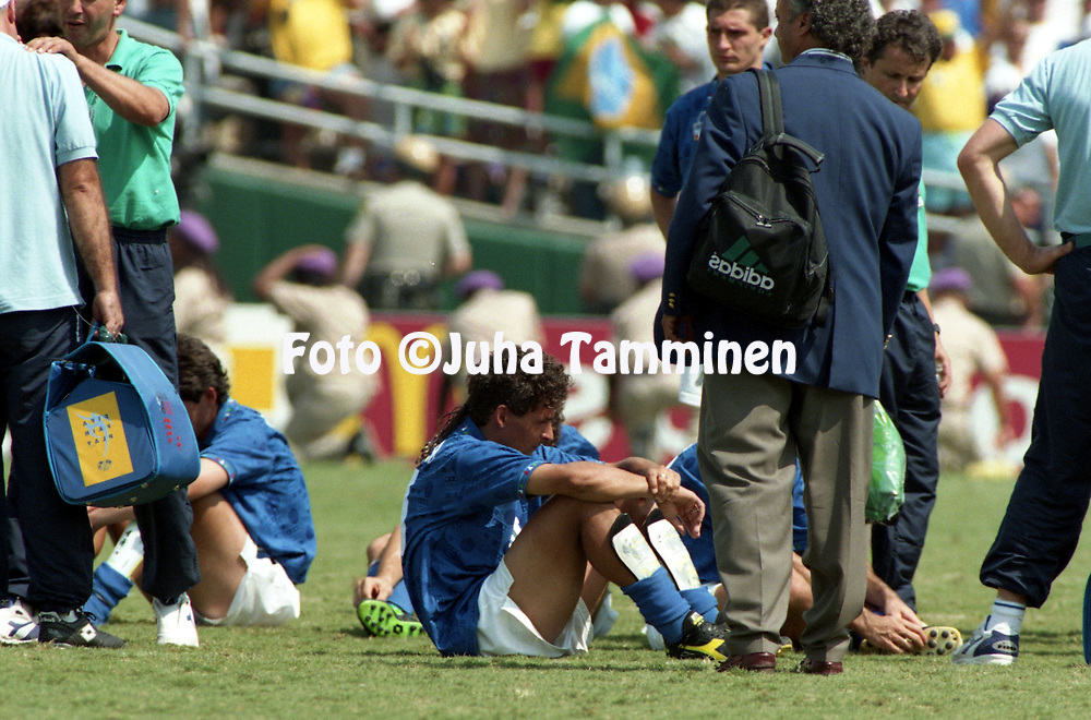 FIFA World Cup - USA 1994<br /> 17.7.1994, Rose Bowl Stadium, Pasadena, California.<br /> World Cup Final, Brazil v Italy.<br /> Disapponted Roberto Baggio (Italy) after the defeat.