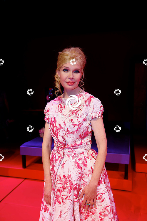 AMSTERDAM - In het DeLaMar Theater is de premiere van een Nederlands toneelstuk 'Een Ideale Vrouw' een komedie over liefde. Met op de foto  Tjitske Reidinga. FOTO LEVIN DEN BOER - PERSFOTO.NU