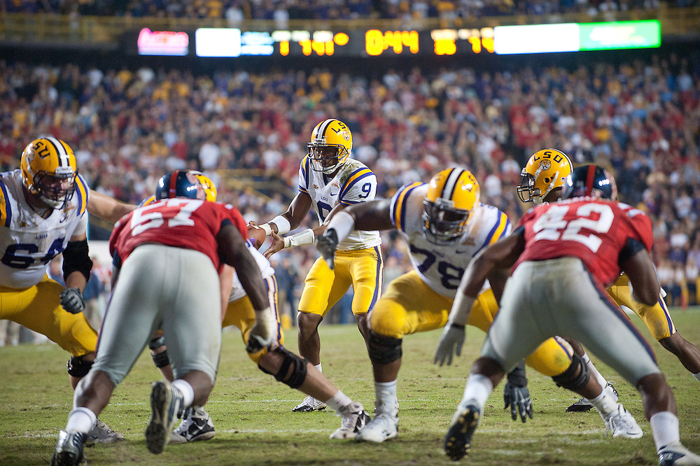 LSU Tigers quarterback Jordan Jefferson (9) runs in for a conversion during the second half  of the football game. LSU Tigers defeated Mississippi Rebels 43-36.