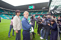 Shunsuke Nakamura parades at Celtic  park today with his new strip and number 25 after signing for Celtic, with manager Gordon Strachan<br /> <br /> Pic ian Stewart, Friday 29th July 2005