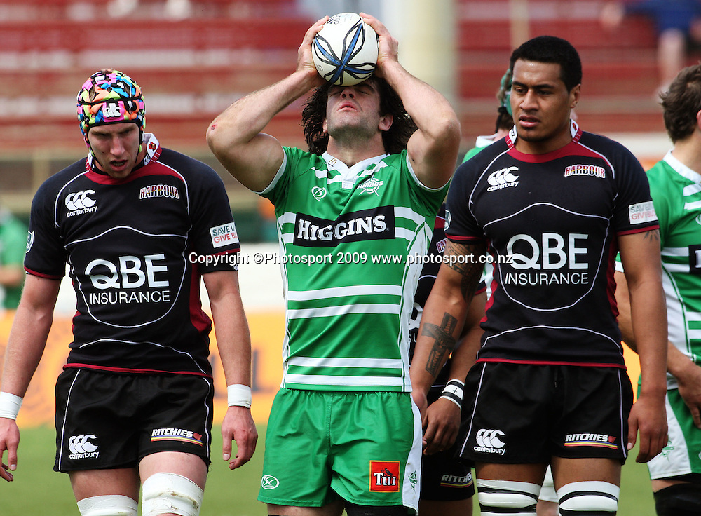Manawatu captain Nick Crosswell curses an error.<br /> Air NZ Cup rugby - Manawatu Turbos v North Harbour at FMG Stadium, Palmerston North, New Zealand. Saturday, 24 October 2009. Photo: Dave Lintott/PHOTOSPORT