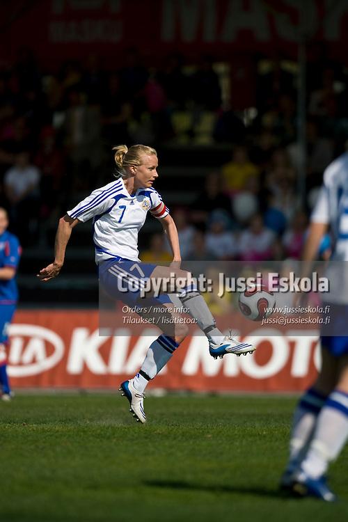 Anne Mäkinen (Makinen). Suomi - Islanti. Naisten maaottelu. Espoo 4.5.2008. Photo: Jussi Eskola