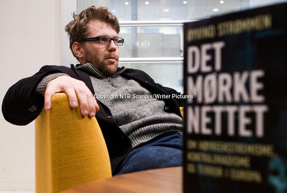 Oslo  20111116.<br /> Forfatter &yuml;yvind Str&macr;mmen kommer med boken &quot; Det m&macr;rke nettet &quot; om h&macr;yreekstremisme, kontrajihadisme og terror i Europa. Boken kommer ut p&Acirc; Cappelen Damm forlag.<br /> Foto: Berit Roald / Scanpix<br /> <br /> NTB Scanpix/Writer Pictures<br /> <br /> WORLD RIGHTS, DIRECT SALES ONLY, NO AGENCY