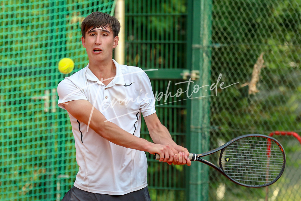 Tristan Wolke (Tennis-Club SCC Berlin), Verbandsmeisterschaften des TVBB (Damen und Herren), Berlin, 01.06.2018, Foto: Claudio Gärtner