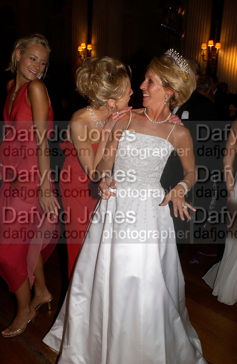 Lady Alexandra Spencer-Churchill, Kalita Al-Swadi and the Duchess of Marlborough, Ball at Blenheim Palace in aid of the Red Cross, Woodstock, 26 June 2004. SUPPLIED FOR ONE-TIME USE ONLY-DO NOT ARCHIVE. © Copyright Photograph by Dafydd Jones 66 Stockwell Park Rd. London SW9 0DA Tel 020 7733 0108 www.dafjones.com