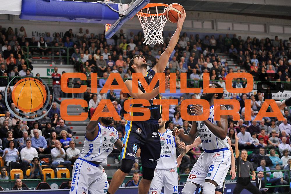 Raphael Gaspardo<br /> Banco di Sardegna Dinamo Sassari - Vanoli Cremona<br /> LegaBasket Serie A LBA Poste Mobile 2016/2017<br /> Sassari 26/11/2016<br /> Foto Ciamillo-Castoria