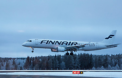 THEMENBILD - ein Finnair Embraer 190 Flugzeug mit der Kennung OH-LKG / OHLKG beim Landeanflug, aufgenommen am 29. November 2016 am Flughafen Kuusamo, Finnland // the Finnair Embraer 190 aircraft with the registration number OH-LKG / OHLKG during landing at the Kuusamo Airport, Finland on 2016/11/29. EXPA Pictures © 2016, PhotoCredit: EXPA/ JFK