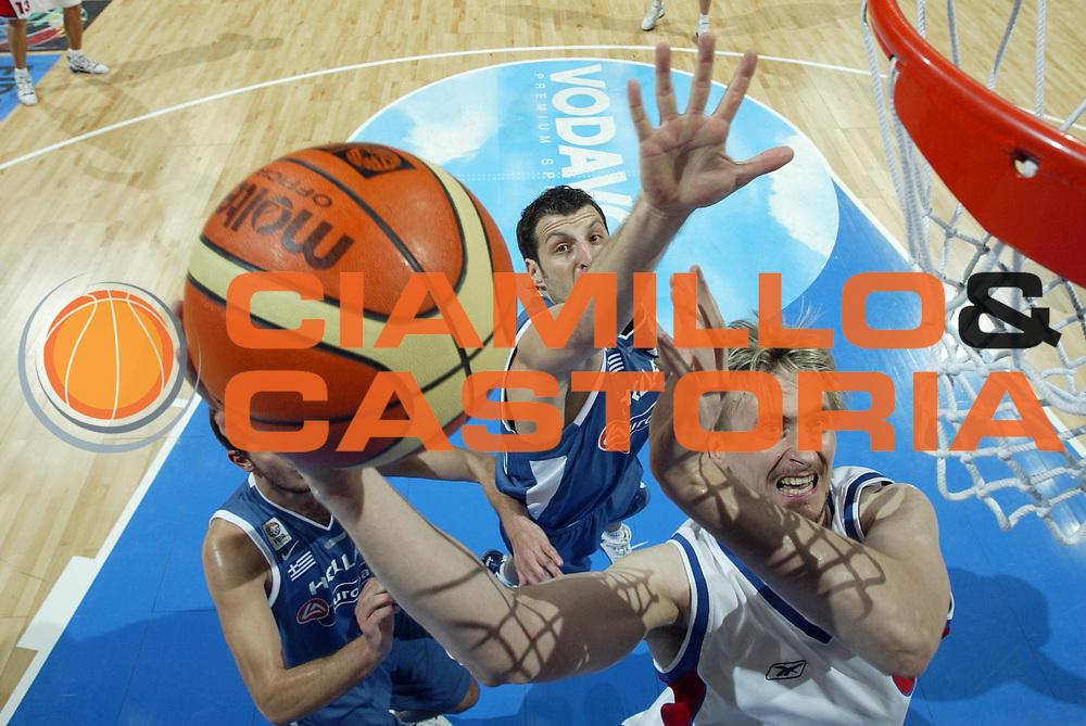 DESCRIZIONE : Belgrado Belgrade Eurobasket Men 2005 Grecia-Russia<br /> GIOCATORE : Morgunov<br /> SQUADRA : Russia<br /> EVENTO : Eurobasket Men 2005 Campionati Europei Uomini 2005<br /> GARA : Grecia-Russia Greece-Russia<br /> DATA : 22/09/2005<br /> CATEGORIA :<br /> SPORT : Pallacanestro<br /> AUTORE : Ciamillo&amp;Castoria/Fiba Europe Pool