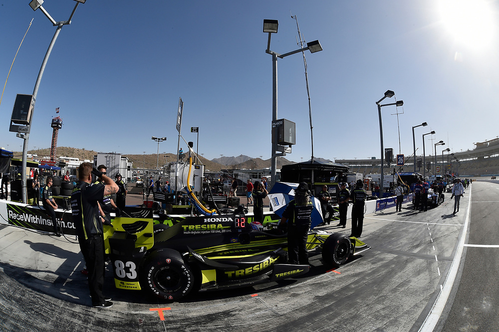 Verizon IndyCar Series<br /> Desert Diamond West Valley Phoenix Grand Prix<br /> Phoenix Raceway, Avondale, AZ USA<br /> Friday 28 April 2017<br /> Charlie Kimball, Chip Ganassi Racing Teams Honda<br /> World Copyright: Scott R LePage<br /> LAT Images<br /> ref: Digital Image lepage-170428-phx-1264