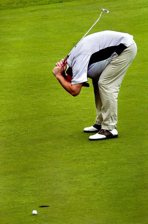 D'oh!.Jesse Sitterud reacts to missing a putt on the 18th hole during the Bremerton City Amateur Tournament at Gold Mountain. Sitterud led all players the previous day, but slipped quickly down the ranks.