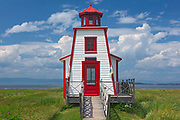 Le Pavillon-Phare du parc de l'Ancien-Quai. Lighthouse on the Gulf of St. Lawrence<br />