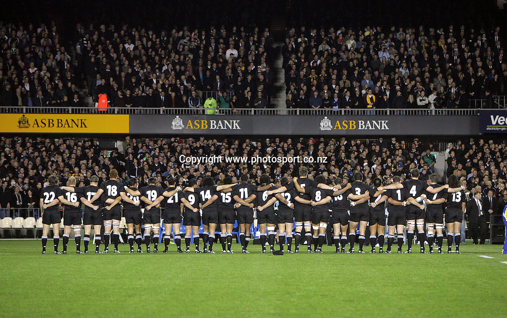 The All Black team line up prior to the Tri Nations Bledisloe Cup match between the All Blacks and Australia at Eden Park, Auckland, New Zealand on Saturday 3 September, 2005. The All Blacks defeated the Wallabies 34-24 to retain the Bledisloe Cup and win the Tri Nations. Photo:Andrew Cornaga/PHOTOSPORT