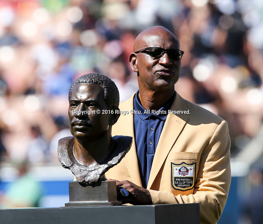 Former member of the Los Angeles Rams Eric Dickerson stands with his bust after receiving his ring during the Rams Hall of Fame Ring of Excellence ceremony at halftime of an NFL football game between the Rams and the Seattle Seahawks at the Los Angeles Memorial Coliseum, Sunday, Sept. 18, 2016, in Los Angeles.(Photo by Ringo Chiu/PHOTOFORMULA.com)<br /> <br /> Usage Notes: This content is intended for editorial use only. For other uses, additional clearances may be required.