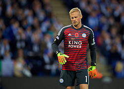 LEICESTER, ENGLAND - Saturday, November 10, 2018: Leicester City's goalkeeper Kasper Schmeichel during the FA Premier League match between Leicester City FC and Burnley FC at the King Power Stadium. (Pic by David Rawcliffe/Propaganda)