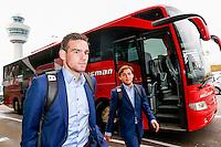 BOEKAREST - 19-08-15, Europa League, Astra GiurGiu - AZ, AZ speler Vincent Janssen (l), AZ speler Joris van Overeem (r).