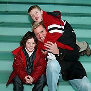 Premiere Kabouter Plop in de Wolken, man Marisca van Kolck Knut Jacobsen en zoon Christopher en vriendinnetje