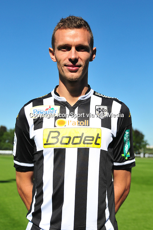 Romain Thomas - 29.09.2015 - Photo officielle - Angers - Ligue 1<br /> Photo : Philippe Le Brech / Icon Sport