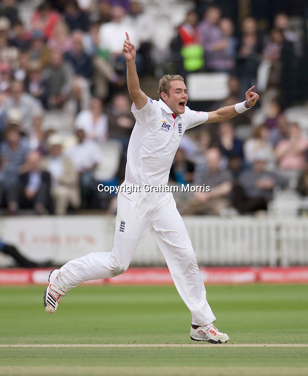 Bowler Stuart Broad celebrates a wicket during the first npower Test Match between England and India at Lord's Cricket Ground, London.  Photo: Graham Morris (Tel: +44(0)20 8969 4192 Email: sales@cricketpix.com) 23/07/11