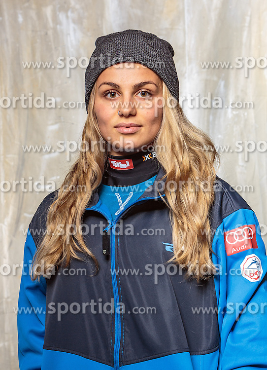 08.10.2016, Olympia Eisstadion, Innsbruck, AUT, OeSV Einkleidung Winterkollektion, Portraits 2016, im Bild Regina Rathgeb, Freestyle, Damen // during the Outfitting of the Ski Austria Winter Collection and official Portrait Photoshooting at the Olympia Eisstadion in Innsbruck, Austria on 2016/10/08. EXPA Pictures © 2016, PhotoCredit: EXPA/ JFK