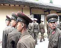 NR000104/Soldats visites the native house of the Great Leader Kim IL Sung in Mangyongdae.<br /> September 2000