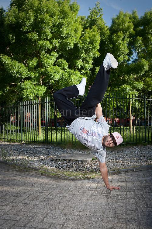 groningen 29/5/2009. dancer Khalid Allaoui. foto: Pepijn van den Broeke