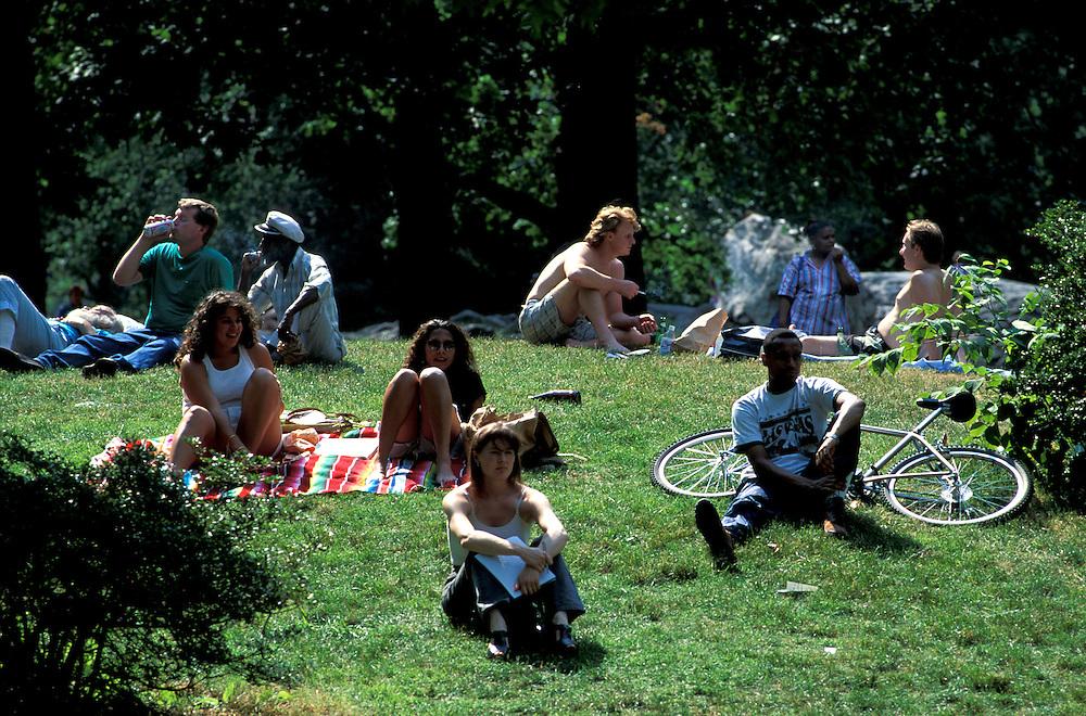 Central Park on a Sunday,.Manhattan, New York,.New York, USA
