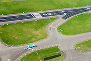 Nederland, Noord-Holland, Haarlemmermeer, 09-04-2014; luchthaven Schiphol. Baan 36C, de Zwanenburgbaan (vierde baan). Start- en landingsbaan<br /> Schiphol Airport, runway 36C.<br /> luchtfoto (toeslag op standard tarieven);<br /> aerial photo (additional fee required);<br /> copyright foto/photo Siebe Swart.