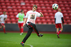LIVERPOOL, ENGLAND - Thursday, May 5, 2011: Liverpool's Jack Robinson wears a tee-shirt with a tribute to Michael McNally during the FA Premiership Reserves League (Northern Division) match at Anfield. (Photo by David Rawcliffe/Propaganda)